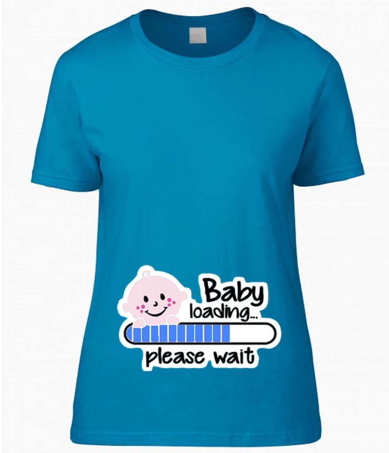 2abb7c86a13d0 Camiseta de maternidad camisetas bebé azul cargando la barra | Etsy