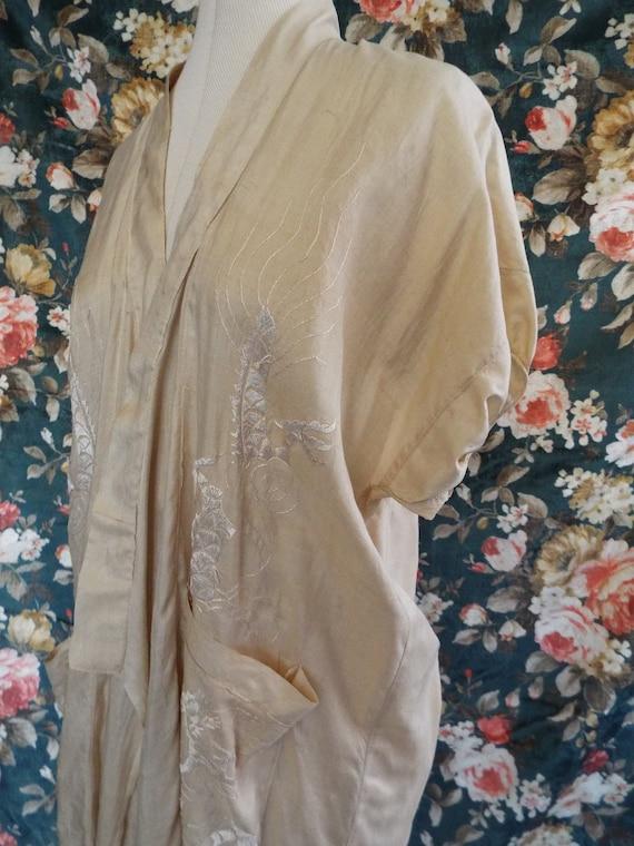 Antique Silk Kimono Robe~1900s Silk Embroidered Ki