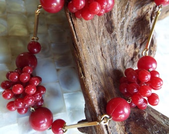 Vintage 1970s Funky Red Bubble Bead Necklace~Art Deco styled
