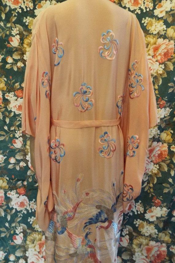 Vintage Embroidered Crepe Kimono~1930s Embroidere… - image 5