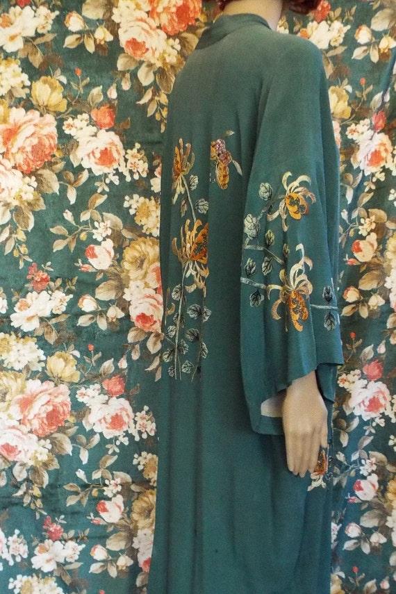 Vintage 1930s Crepe Embroidered Kimono~1930s Crepe