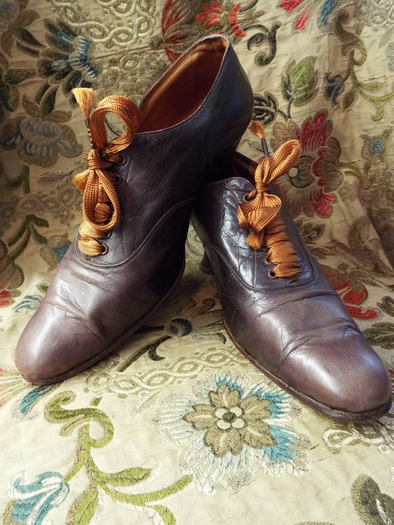 Stunning Antique Victorian Leather Shoes~Chestnut