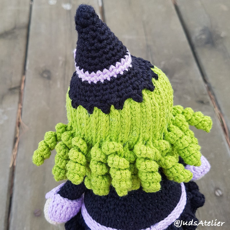 33+ Free Spooky Halloween Crochet Patterns - Sigoni Macaroni | 794x794