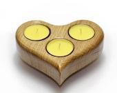 Large Heart shaped solid Oak Three Tea Lights Holder -  en France bougie chauffe-plat - photophore - Valentines Gift