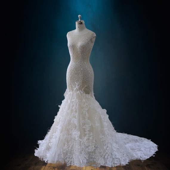 Mermaid Trumpet Wedding Dress With Beading Plunging Neckline Feathers And 3d Lace