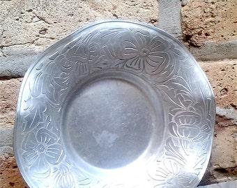 Vintage Aluminum Serving Bowl: Everlast Metal