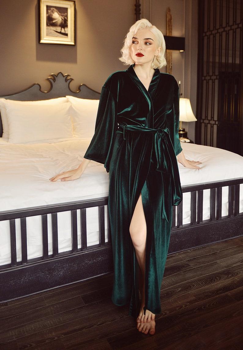 1960s – 1970s Lingerie & Nightgowns Womens Robe Velvet - Emerald Velvet Robe - Velvet Nightgown Robe $135.80 AT vintagedancer.com