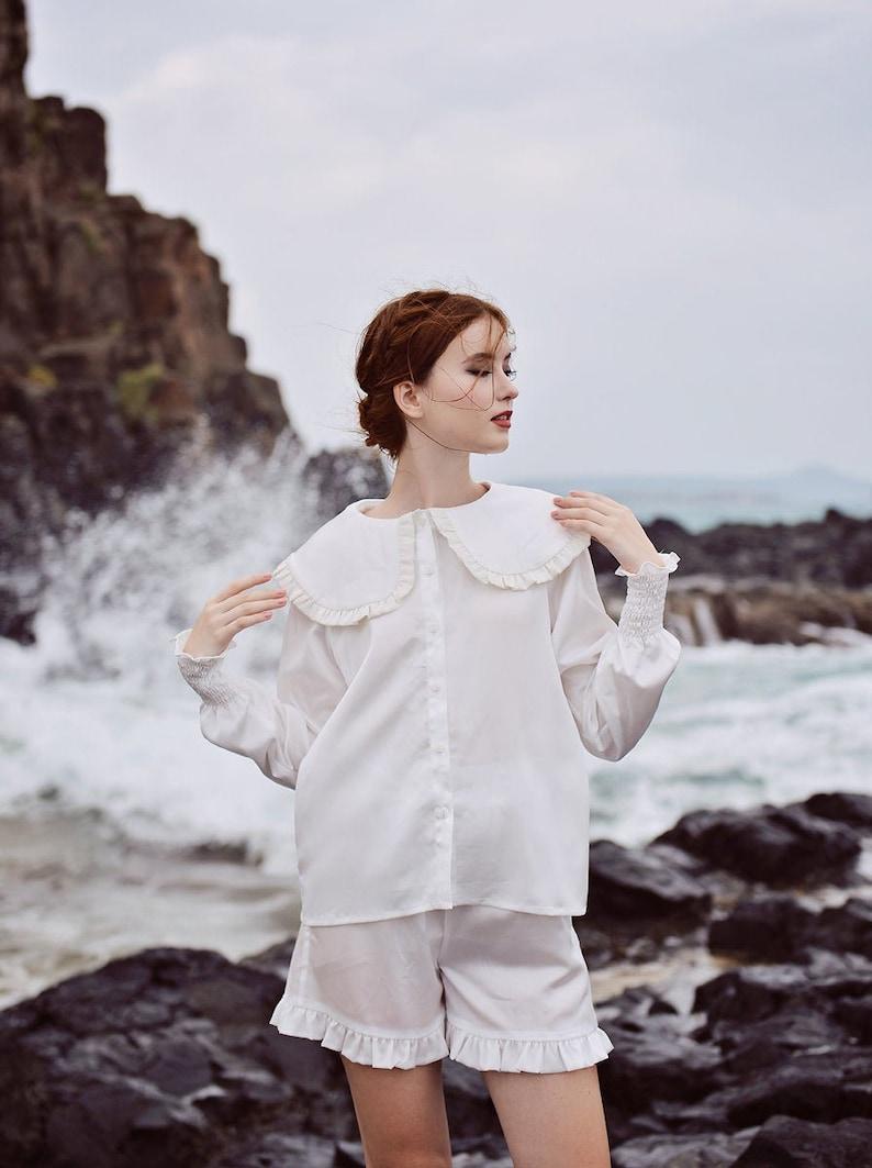 1900 -1910s Edwardian Fashion, Clothing & Costumes White Silk Tops - Big Collar Shirt - Silk Shirt Women $128.00 AT vintagedancer.com