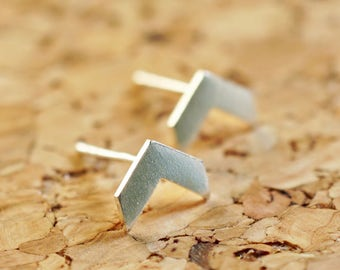 Silver Chevron Earrings Small Geometric Stud Earrings Minimalist Silver Stud Sterling Silver Arrow Ear Studs Silver Chevron Studs L-SGSM027