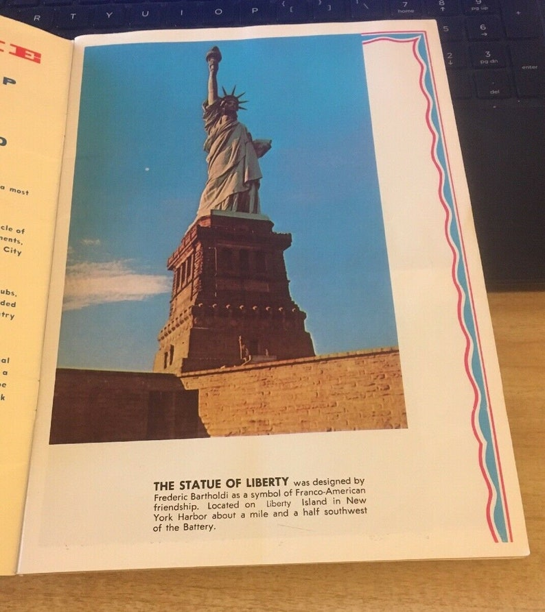 Nester/'s New York Pictorial Guide 1978 World Trade Center Statue of Liberty