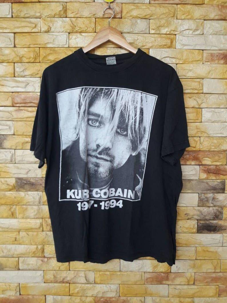 aea09143 Rare Vintage 90s kurt cobain nirvana xxlarge size shirt | Etsy