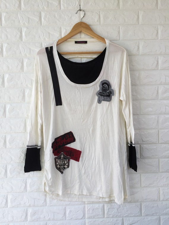 Vintage Algonquins brand punk style shirt for wome