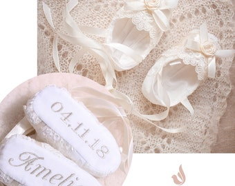 bcd028598 Personalized Baptism Gift, Baby Girl Personalized Shoes, Lace Baby Shoes,  Baby Shower Gift, Newborn Baby Shoes