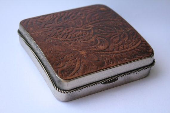 Vintage Leather Cigarette Case. Vintage Cigarette