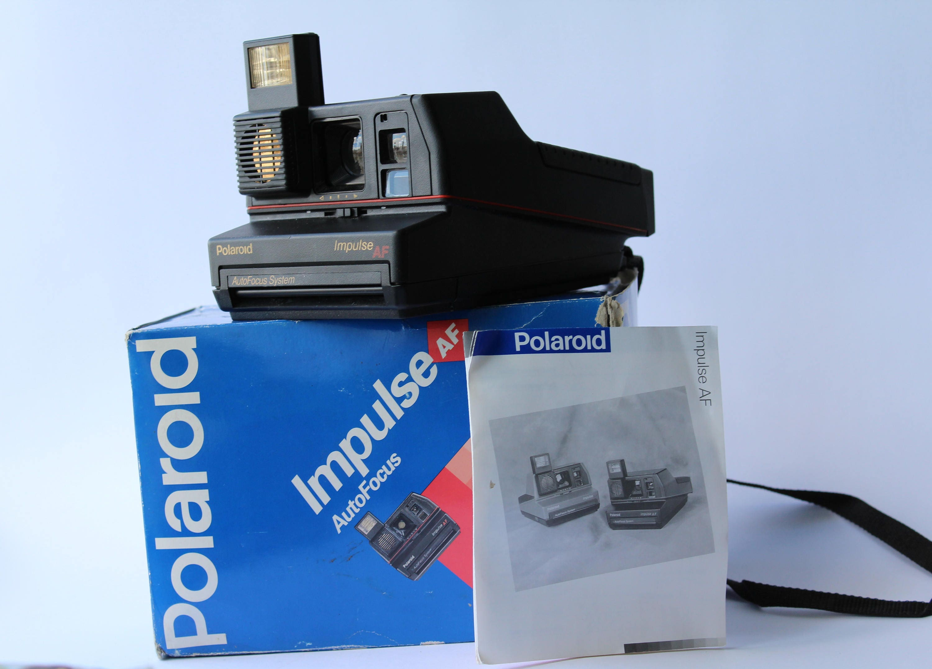 Vintage Polaroid Impulse AutoFocus 600 Camera Instant photo   Etsy 4c83906ac2f4
