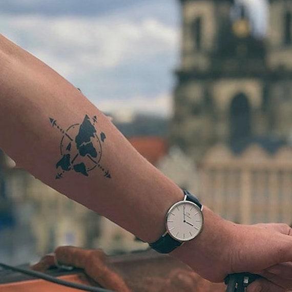Cartina Mondo Tatuaggio.Tatuaggio Temporaneo Bussola Di Viaggio Mondiale Etsy