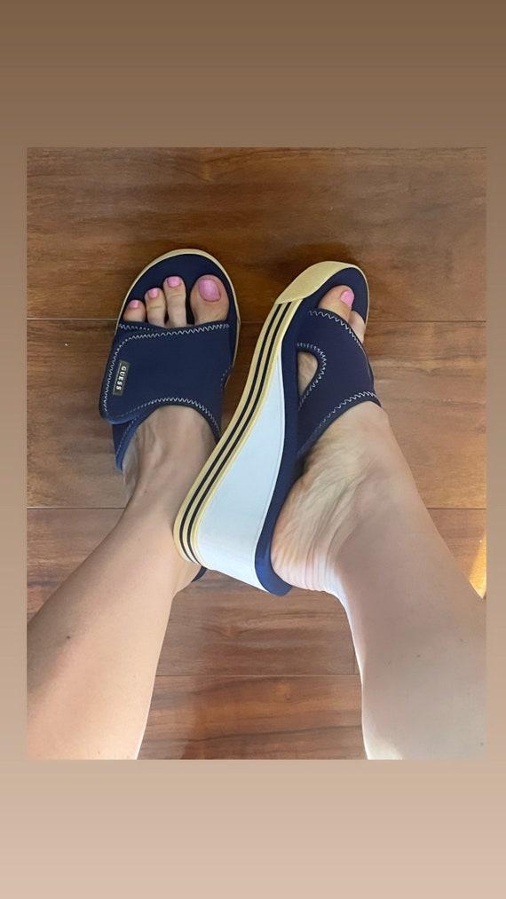 Guess vintage platform mules rare sandals 90s 200… - image 4
