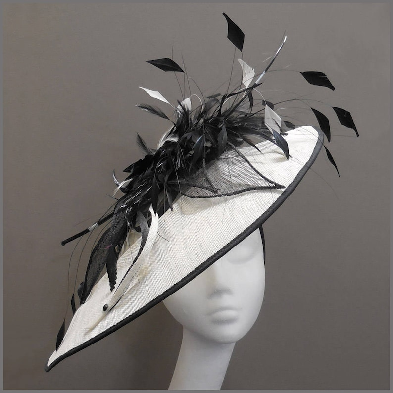 Black and white hat large oval disc fascinator ladies day  7e71a208241
