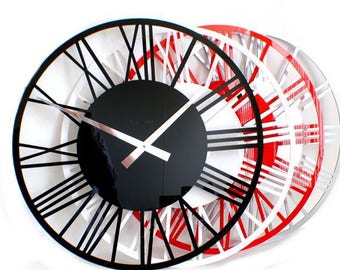 Roco Verre Gloss Acrylic Skeleton Roman Wall Clock Small