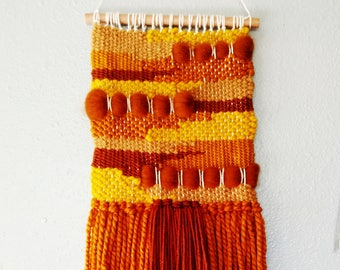 70s inspired woven wall hanging // boho weaving // abstract wall hanging