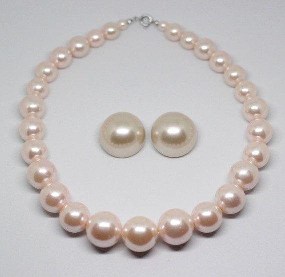 VINTAGE Signed Hong Kong Graduated Faux Pink Pearl