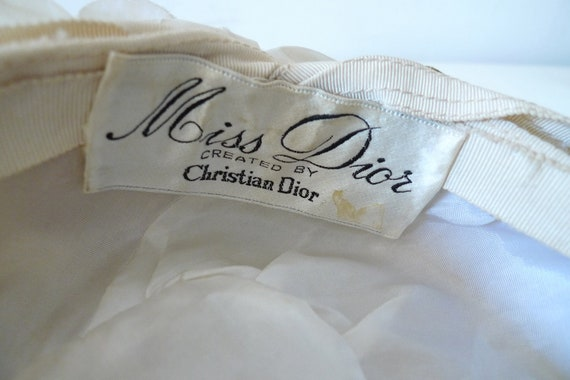 Christian Dior 'Miss Dior' floral pillbox hat - image 5