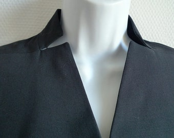 Issey Miyake black cropped jacket with shaped collar
