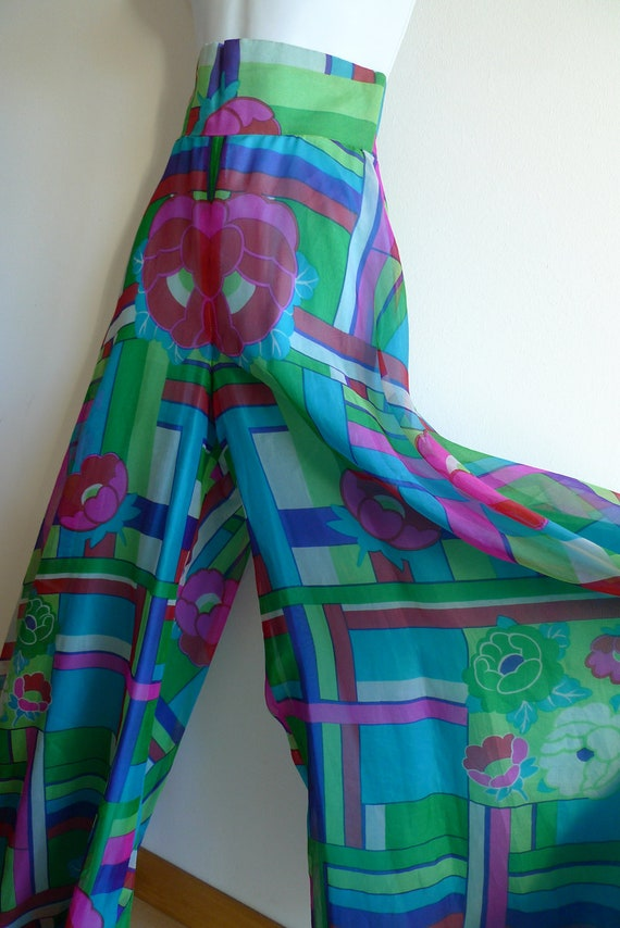 70s high waisted and wide cut palazzo pants in co… - image 3
