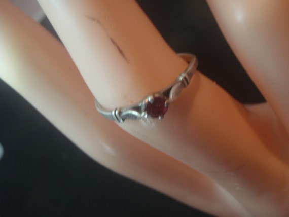 925 STERLING SILVER vintage  ring with ruby - image 1