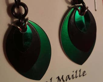 Green/Black 3 Graduated Scale Earrings