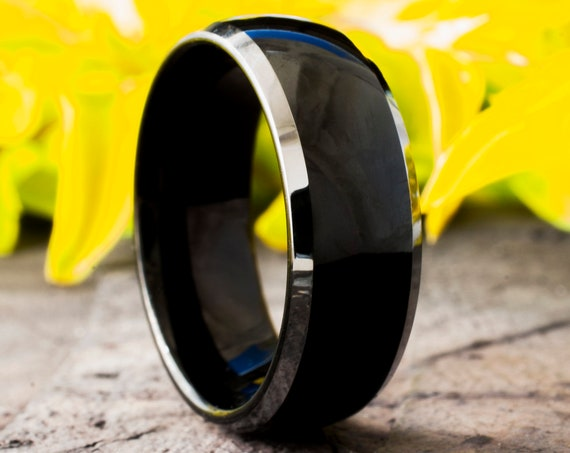 Mens Black Tungsten Carbide Ring White Grey Shiny Edge Wedding Band High Polished Fashion Jewelry 8MM Size 5 to 14 Special Anniversary  Gift
