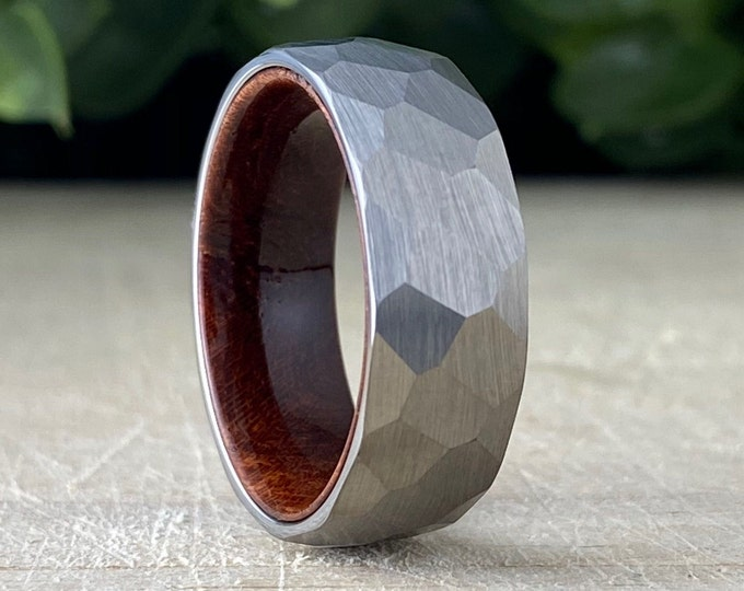 Hammered Wood Wedding Band Men Grey Smash Tungsten Ring Rosewood Inlay Brushed Design 8MM Size 5 to 14 Male Anniversary His Engagement Gift