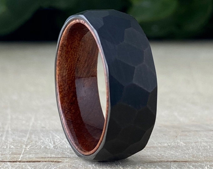 Black Hammered Tungsten Ring Wood Wedding Band Men Rosewood Inlay Brushed Design 8MM Width Size 5 to 14 Male Anniversary His Engagement Gift