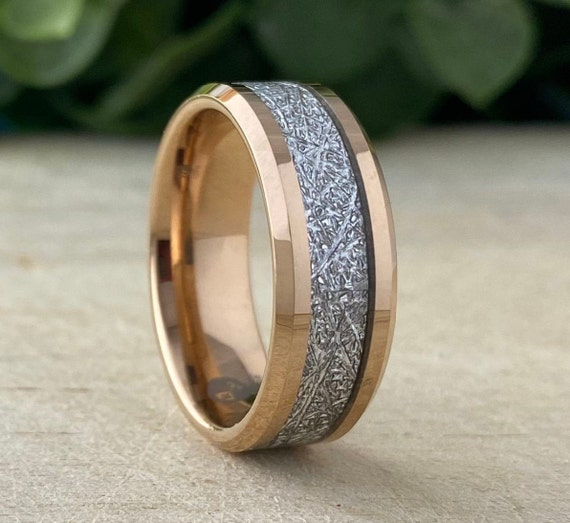 Men Rose Gold Wedding Band Meteorite Inlay Tungsten Carbide Ring Beveled Male 8MM Thick Size 5-15 Women Anniversary Engagement Promise Gift