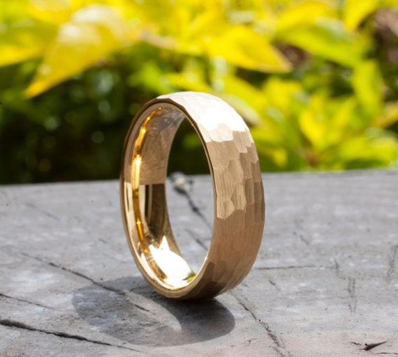 Hammered Gold Tungsten Ring Men Women Wedding Band 6MM Yellow Classic Elegant Brushed Design Size 5 to 14 His Her Anniversary Promise Gift