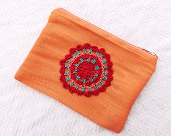 Pouch in Burlap and cotton with applique crochet handmade