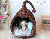 Miniature hanging hideout. 1 12 scale dollhouse fairy bed. Realpuki Pukipuki PukiFee BJD doll chair wicker seat. Cat dog pet nest furniture