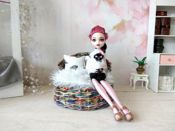 Doll sofa round wicker boho miniature bed for dollhouse Blythe Barbie furniture