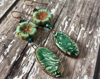 Unique Flower Earrings For Women, Emerald Green Drop Earrings, Boho Earrings, Earrings Festival, Flower Lover Gift For Her, Unusual Earrings