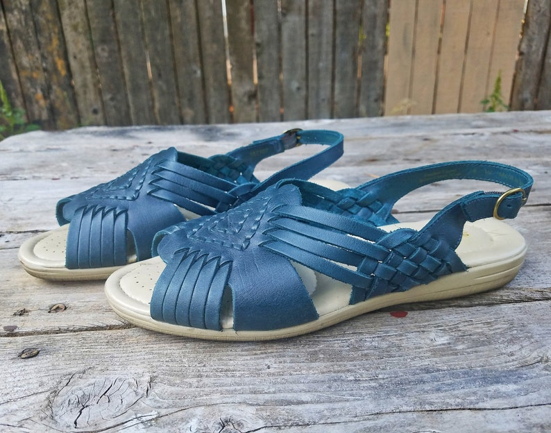 b66a7f94ee341 Vintage Leather Huarache Slingback Sandals 7 8 9 Wide