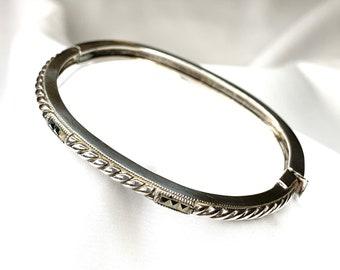 Vintage JJ Sterling Silver Marcasite Hinged Bangle Bracelet (SB104)