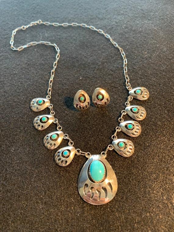 Native American Authentic Necklace W Bear Soap Stone Pendant
