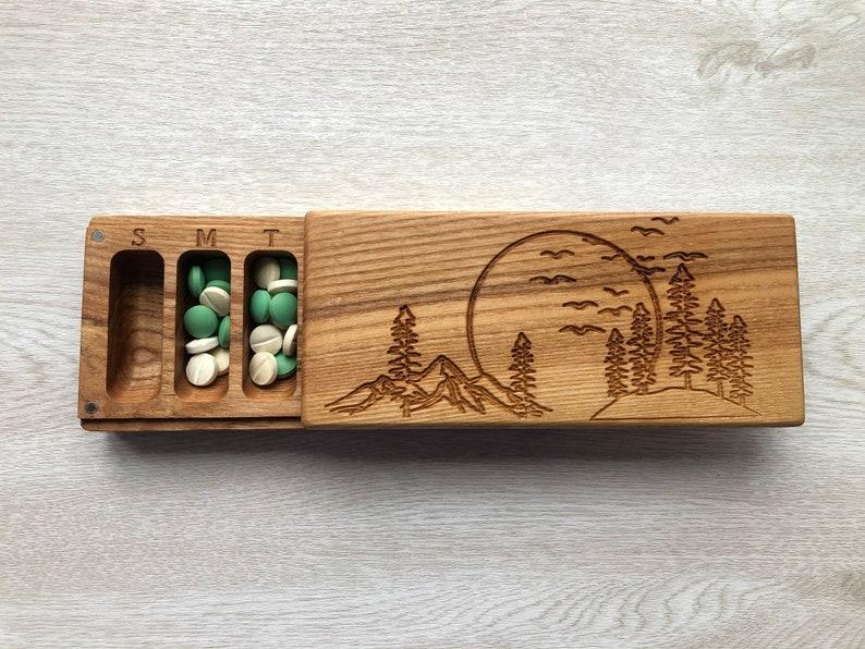 BIG Wooden Pill Box 7 Day  Decorative Travel Large Pill Box Nature Ornament  BIG Nature  Pill Container  Organizer Pill Case