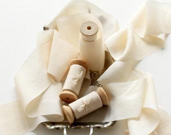 Cream silk ribbon Vanilla habotai silk ribbon sash English garden wedding Flat lay ribbon Ring box ribbon Bridesmaid gift Bride to be detail