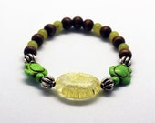 Lemur-bracelet with rock ...