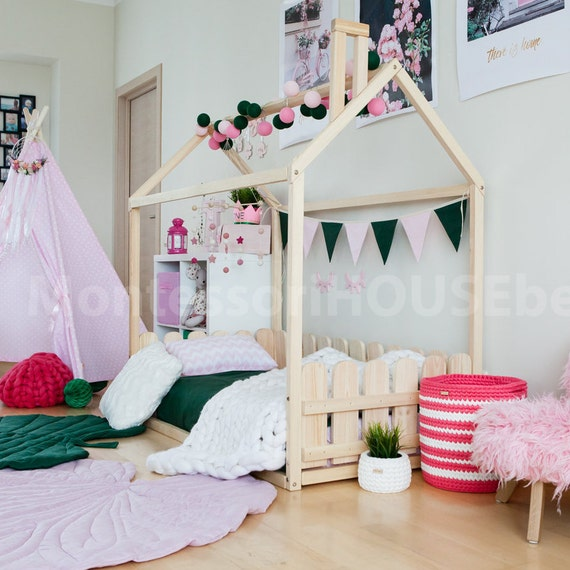 kinder tipi zelt bett ist holzhaus bett f r etsy. Black Bedroom Furniture Sets. Home Design Ideas