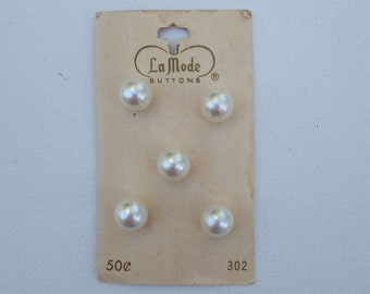 Vintage Faux Pearl Buttons - Set of 5 - La Mode - Ball Shaped - 3/8 Inch Diameter Full Dome Buttons on Original Card