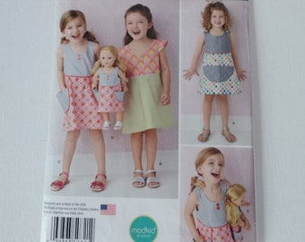 Child's Dress and Dress for 18 Inch Doll - Simplicity Pattern 0821 -  Girls' Sizes 3. 4, 5, 6, 7. 8  - Uncut. Factory Folded Sewing Pattern