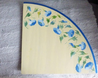 CUTE WOODEN PAINTED MANUALLY TO CHOOSE