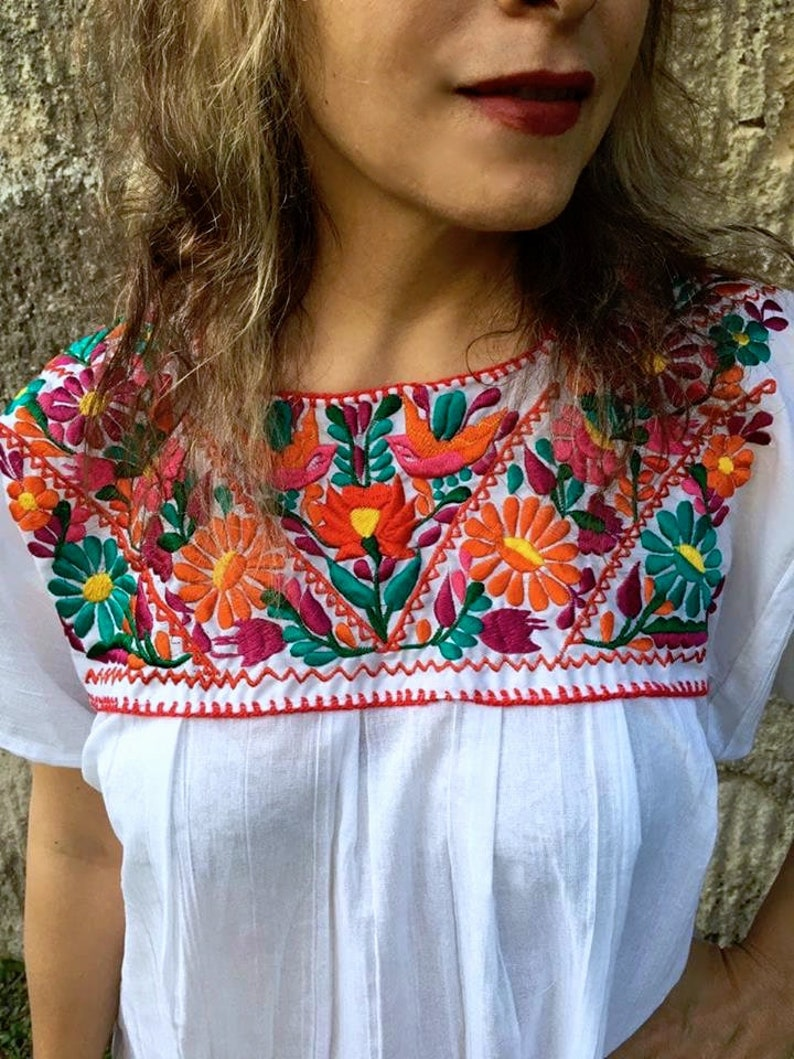 Boho dress Mexican Embroidered Dress for Women 4XL Plus Size Free Shipping Bohemian dress White Embroidery Tunic Fresh dress